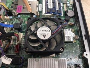 夏に溜まったパソコン内のホコリ、お掃除しませんか?