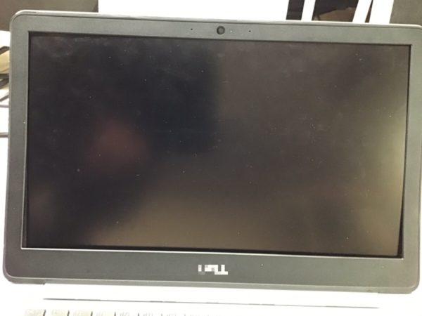 画面が映らないDELLノートPCの液晶ケーブル交換