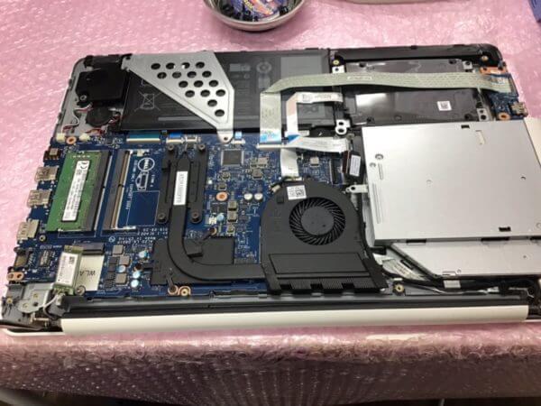 DELLノートパソコンの充電ができないトラブルの修理