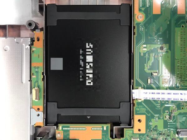 FMVA37027PにSSDを取り付け