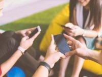 フェイスブック、ツイッター、インスタグラムの違いは?特徴や主な使い方
