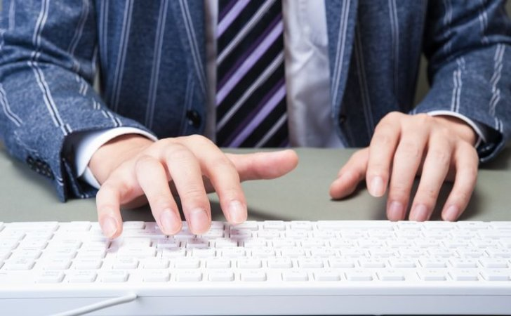 機能やキーピッチなど、実は基準がたくさん!パソコンのキーボードの選び方