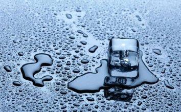 製氷できない、遅い、氷がにおう…これって故障?自動製氷機の故障チェック