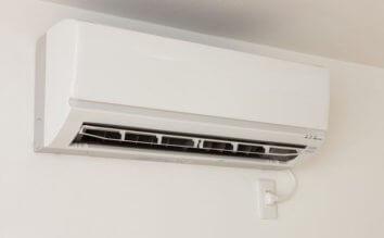シーズン前にチェック!エアコンの動作確認と使用開始前のお掃除方法