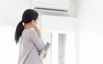 エアコンのフィルター掃除の頻度ってどのくらいが最適?