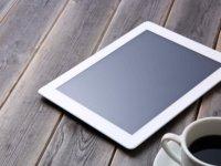 iPadやSurfaceなどのタブレットを使用するメリット・デメリット