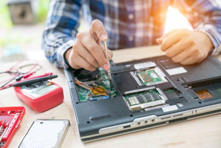 パソコンを使っていて急に電源が落ちる原因とそのときの対応策