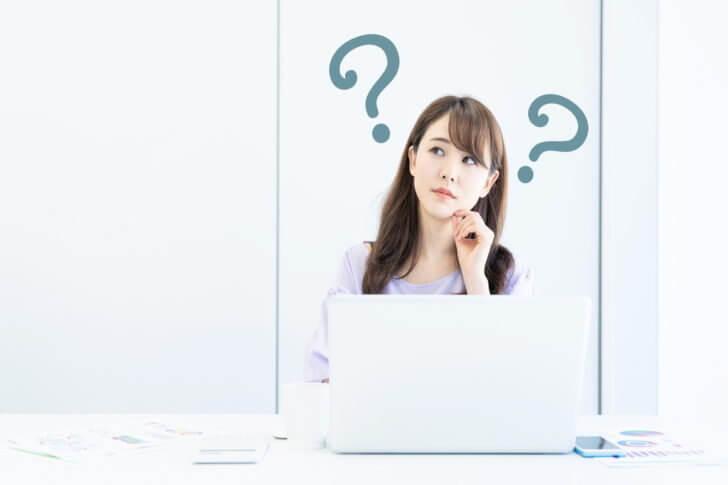 パソコン画面に横や縦の線が表示された時に考えられる7つの原因