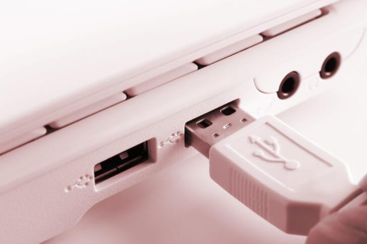 USBケーブル・LANケーブルを使ったデータ移行方法