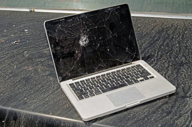 ノートパソコンを落とした時にやってはいけないこと