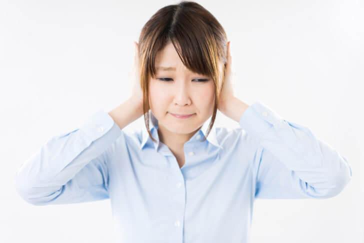 パソコンのスピーカーから聞こえる雑音の5つの原因